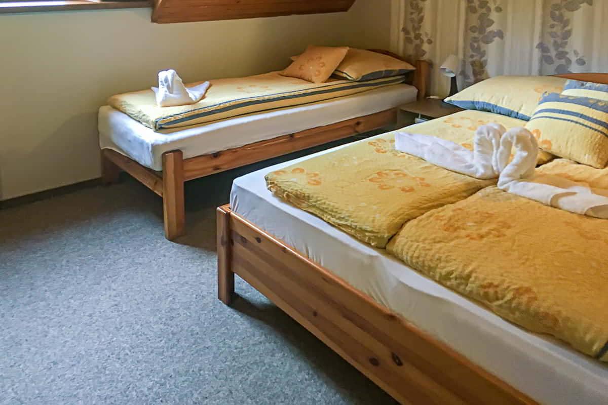 3 ágyas szoba